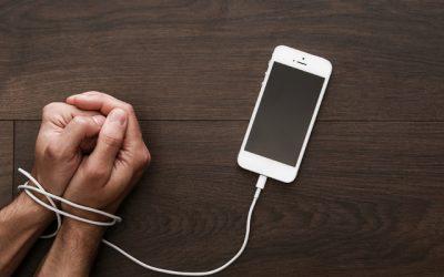 Cum este legată dependenta de telefon 📵 de depresie și anxietate❓
